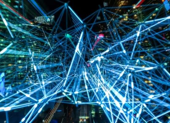 ML, aprendizaje automático. ¿Qué es y cómo contribuye a las empresas?